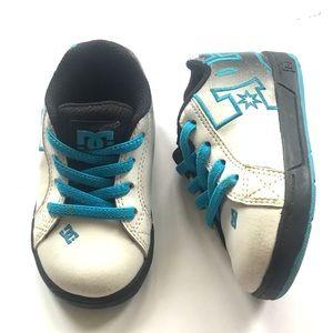 D&G toddler boys sneaker Size5